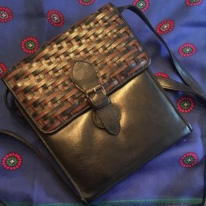 Little Woven Leather Purse